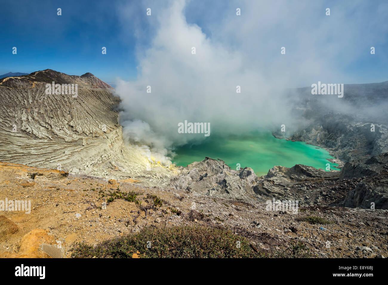 Kawah Ijen volcano (Ijen crater and lake), Banyuwangi, East Java, Indonesia, Asia - Stock Image