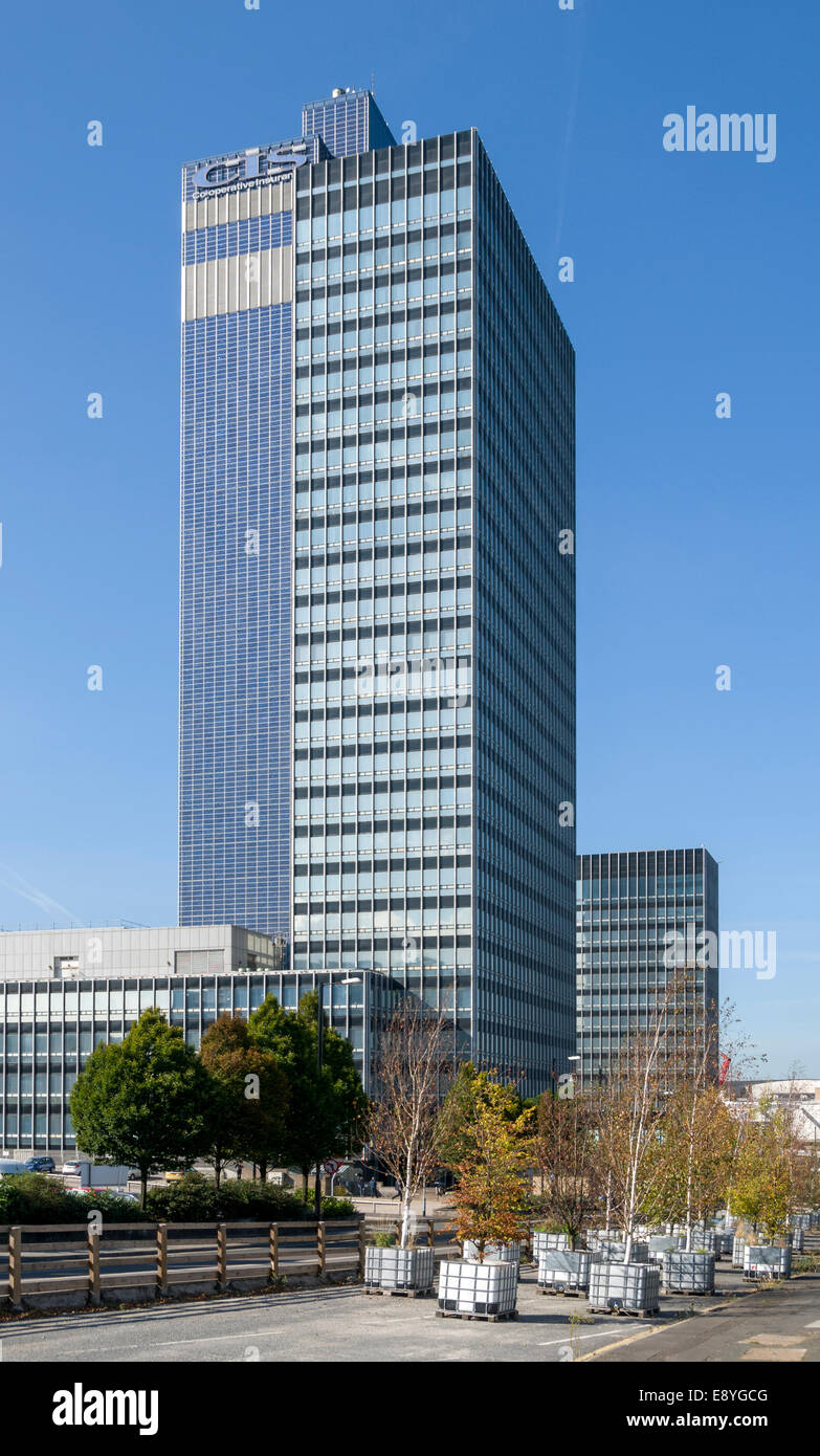The CIS building. Gordon Tait and G. S. Hay, 1962.  Headquarters of the Cooperative Insurance Society, Manchester, - Stock Image