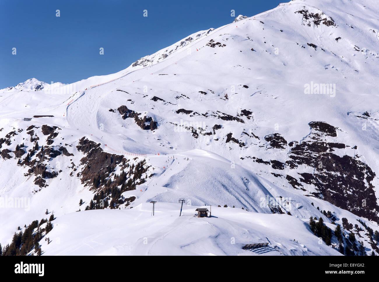 Ski run and piste in Mayrhofen ski resort in Zillertal Alps in Tirol, Austria - Stock Image