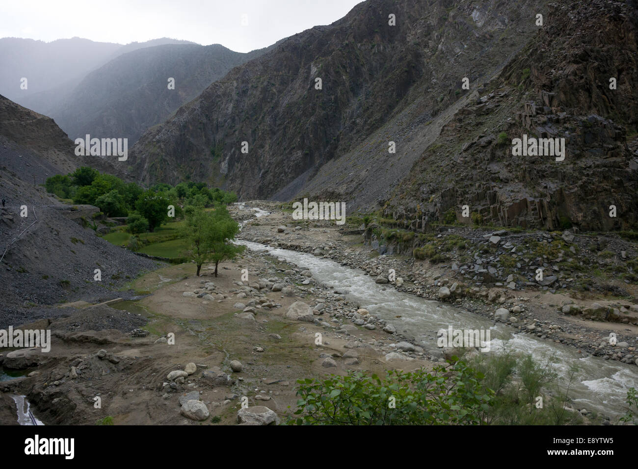 Rugged scenery of the Rumbur Valley, Chitral, Khyber-Pakhtunkhwa, Pakistan - Stock Image