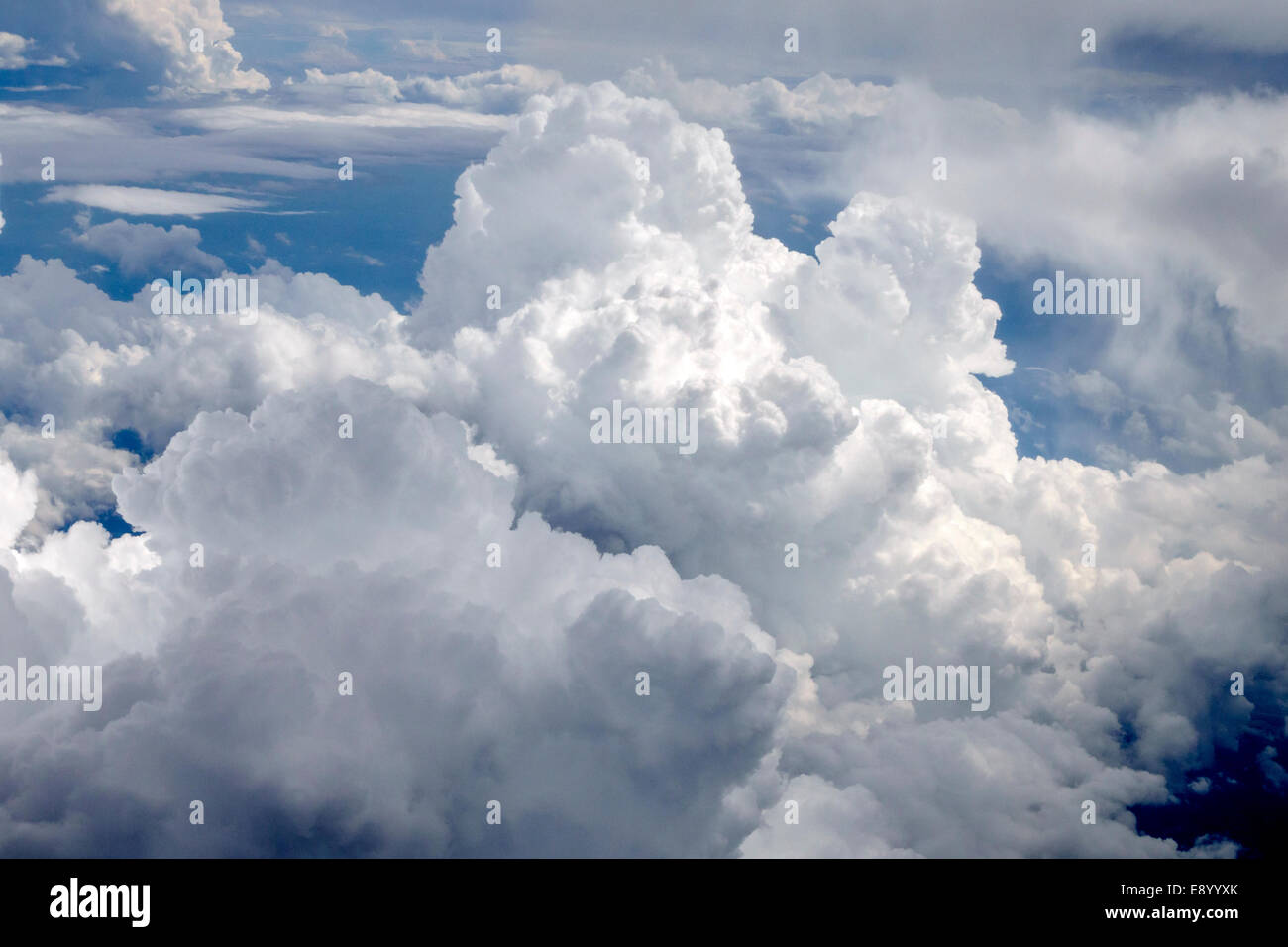 St. Louis Missouri Saint Lambert-St. Louis International Airport STL cloud cloudy sky aerial view airplane window - Stock Image