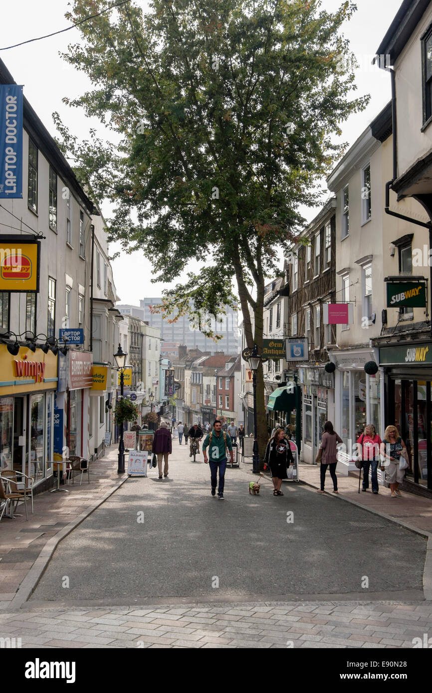 View down old pedestrian shopping street in town centre. Gabriels Hill, Maidstone, Kent, England, UK, Britain - Stock Image