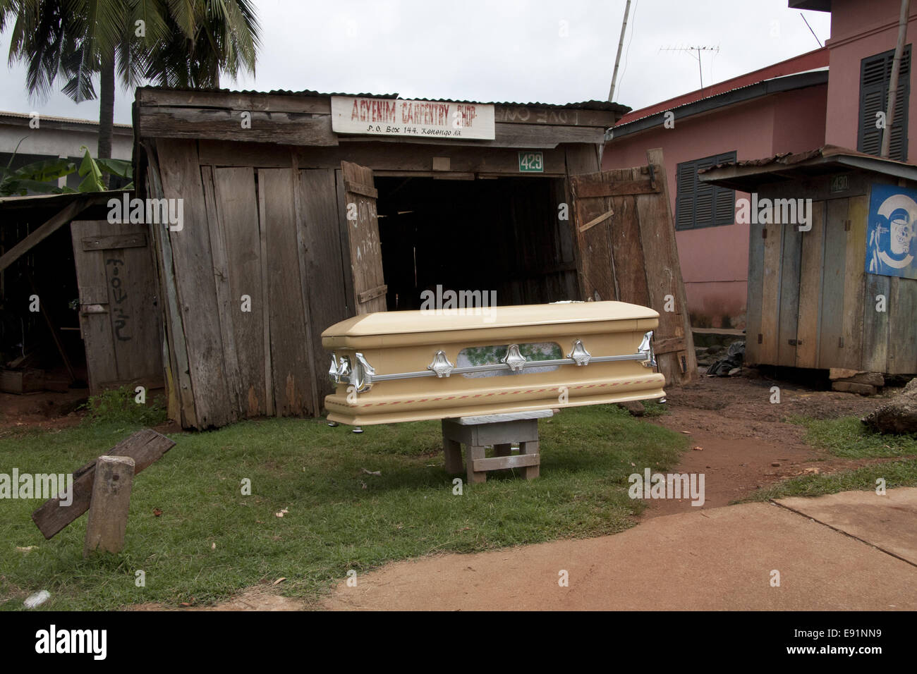 Coffin For Sale Stock Photos & Coffin For Sale Stock Images - Alamy