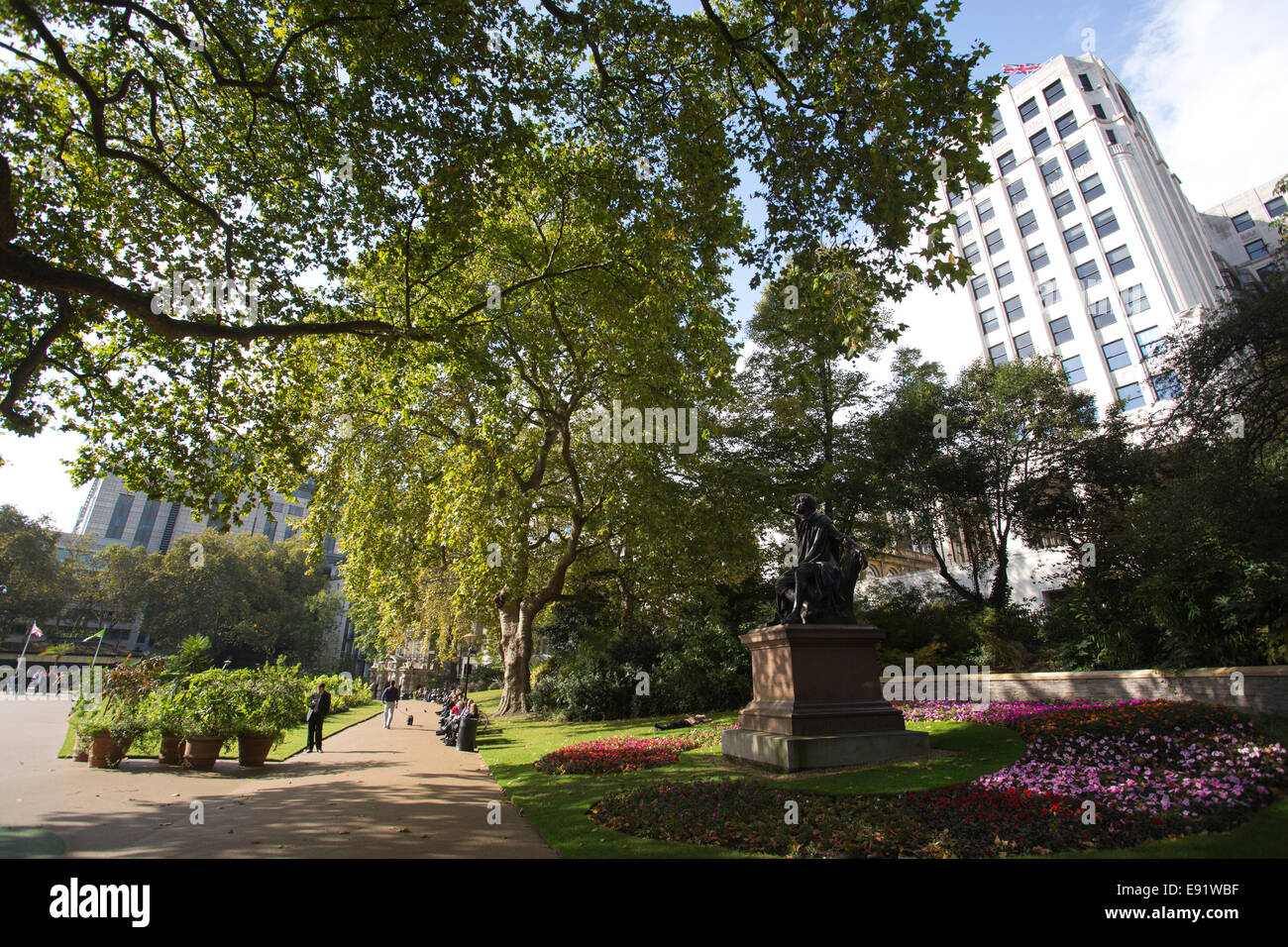Victoria Embankment Gardens, series of gardens north side of River Thames, London, England, UK - Stock Image