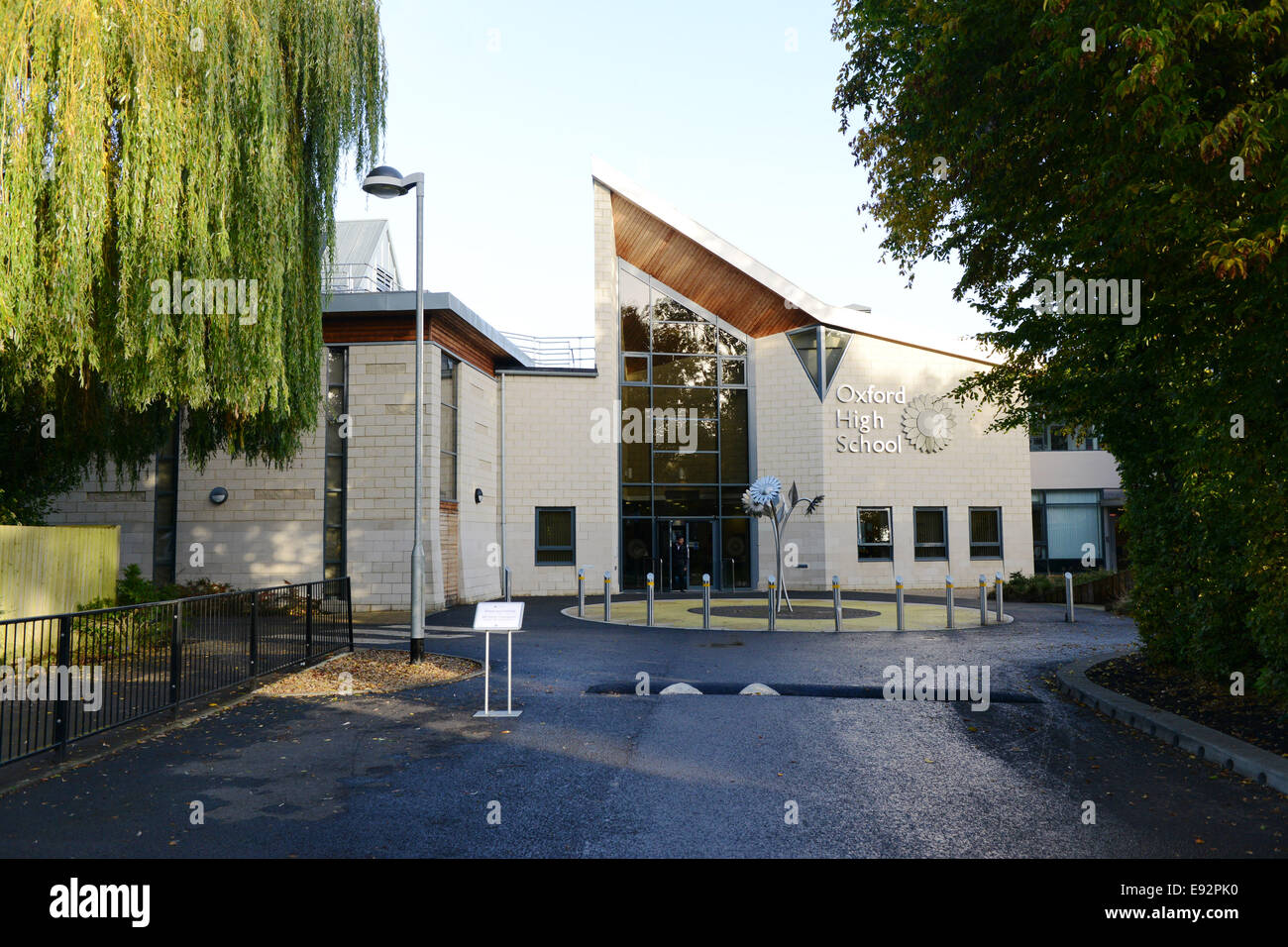 Oxford High School for Girls, Belbroughton Rd GV Pic Richard Cave 17.10.14 - Stock Image