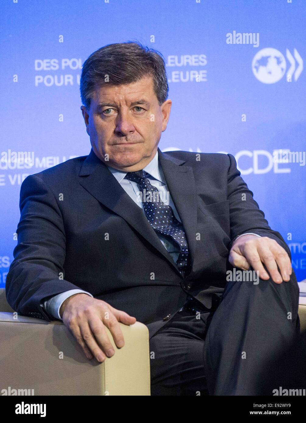 Paris. 17th Oct, 2014. International Labor Organization (ILO) Director General Guy Ryder attends a press conference - Stock Image