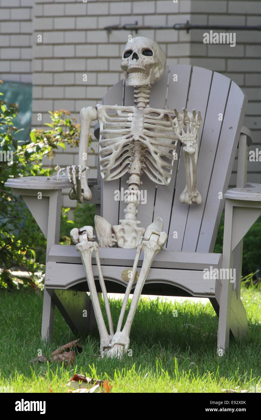 Skeleton Sitting Chair High Resolution Stock Photography And Images Alamy