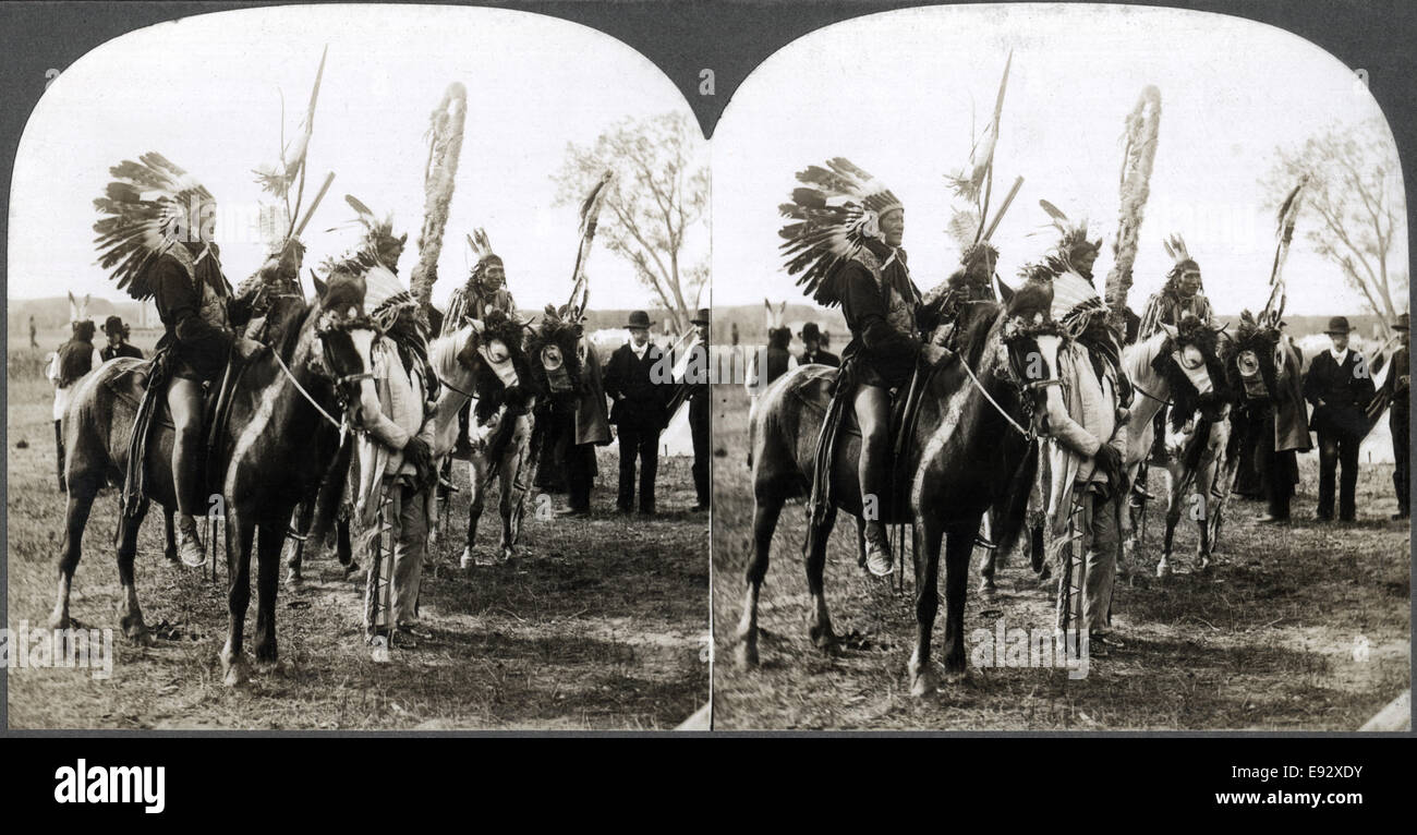 Sioux Native American Indians in Traditional Headdresses on Horseback, Nebraska, USA, Close Up, Stereo Card, 1900 - Stock Image