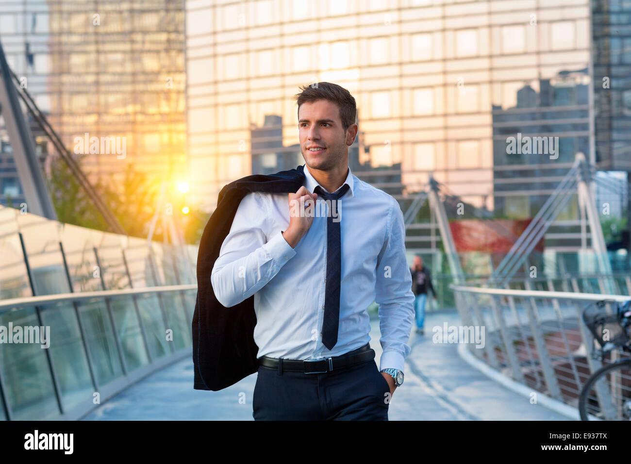 Businessman walking - Stock Image