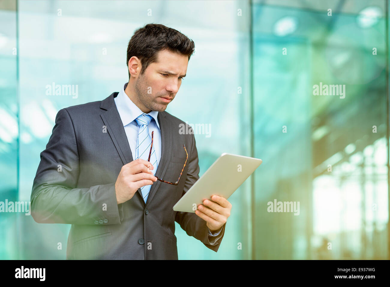 Businessman in Paris - Stock Image