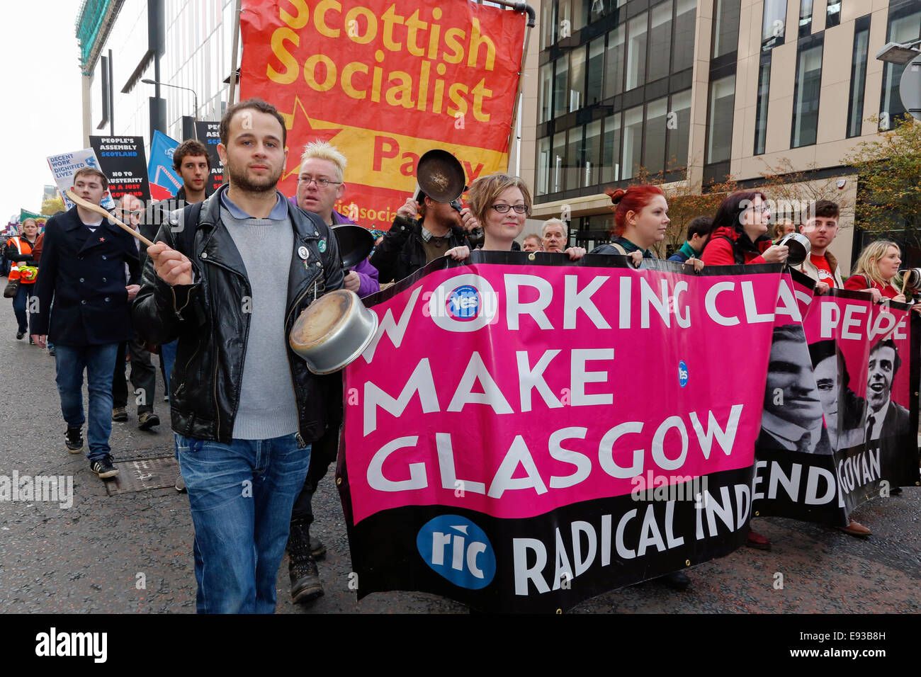Glasgow, Scotland, UK. 18th October, 2014. The Scottish Trades Union Congress (STUC) organised a protest march starting - Stock Image