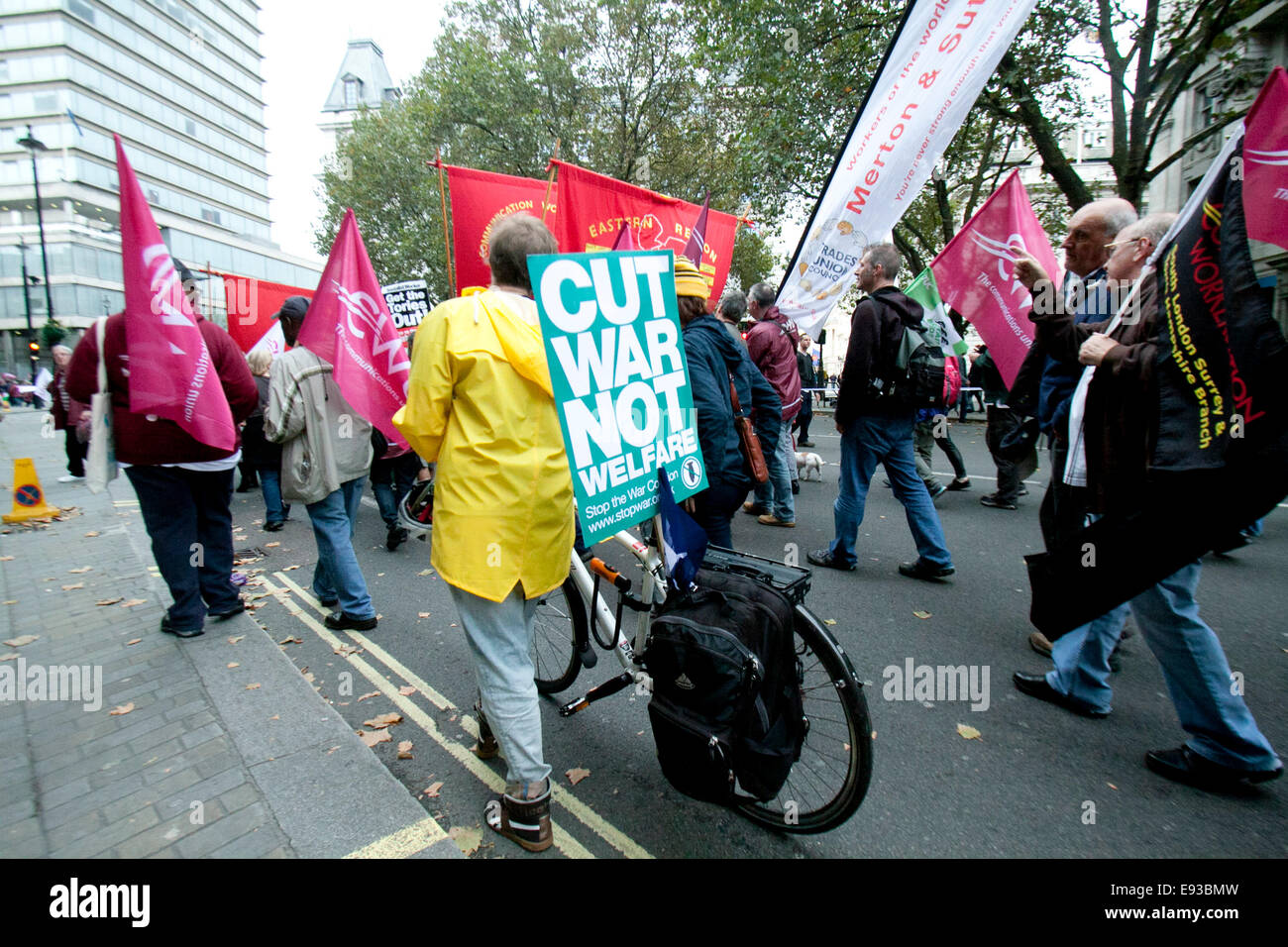 London, UK. 18th October 2014. Thousands of protesters  took part in a Britain Needs a Pay Rise march organized - Stock Image