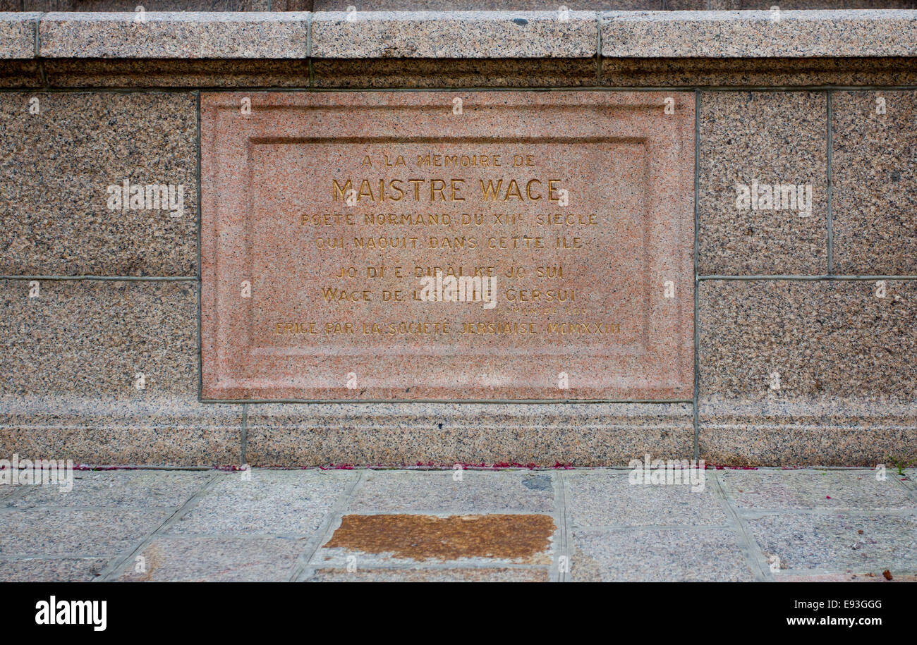Memorial to Wace  Royal Court  States building St Helier Stock Photo