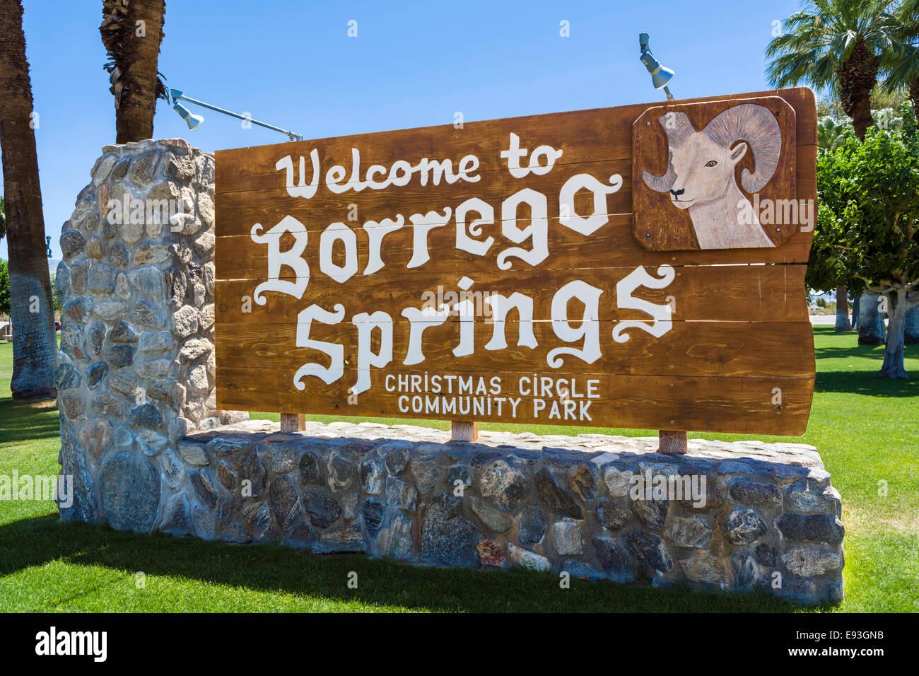 Welcome to Borrego Springs sign, Anza-Borrego Desert State Park, Southern California, USA - Stock Image