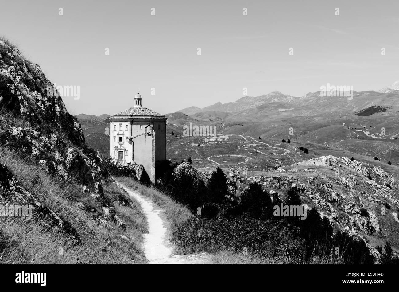 This is the church of 'Santa Maria della Pieta', near the castle of Rocca Calascio, in Abruzzo, Italy. Located - Stock Image
