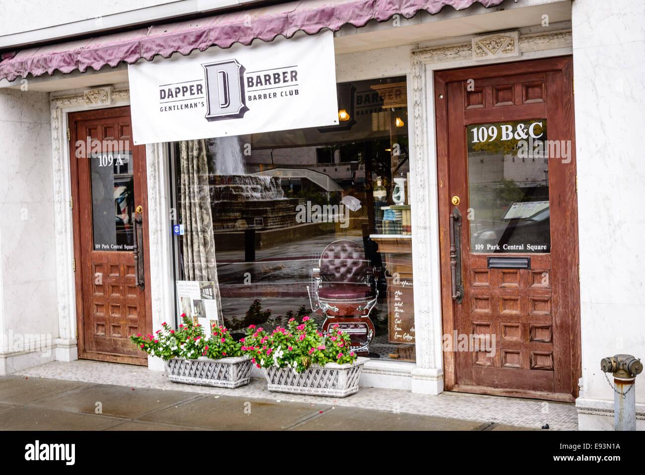 Dapper Barber, 109 Park Central Square, Springfield, Missouri - Stock Image