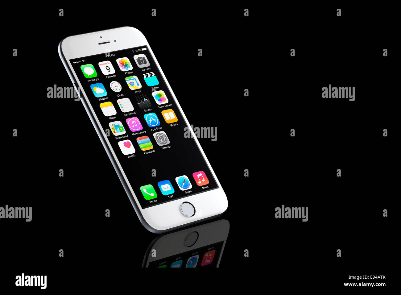 Digitally generated image of cell phone, new iphone 6 silver with apps (ios 8), reflected. - Stock Image