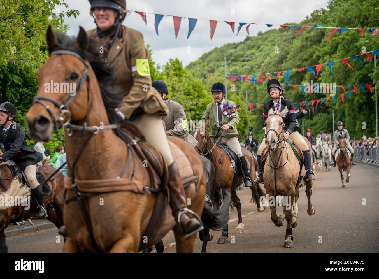 Selkirk Common Riding. Riders canter at the Toll. - Stock Image