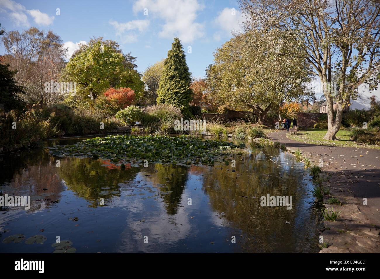 The Queen Elizabeth II Jubilee Gardens, Bewdley Worcs UK Stock Photo ...