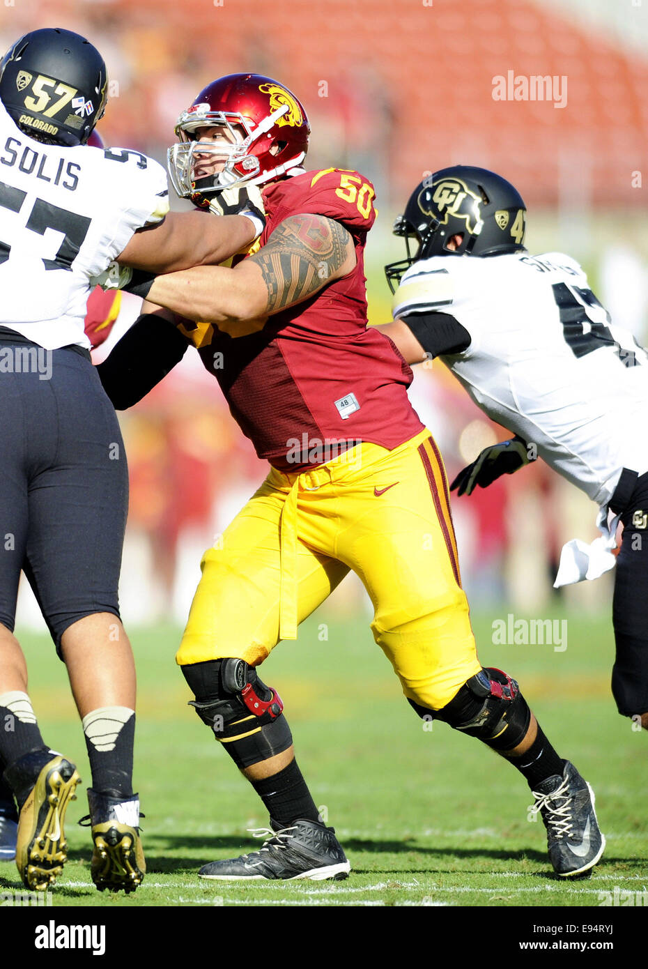 Los Angeles, USA. 18th Oct, 2014. Toa Lobendahn of the USC Trojans in action during a 56-28 victory over the Colorado - Stock Image