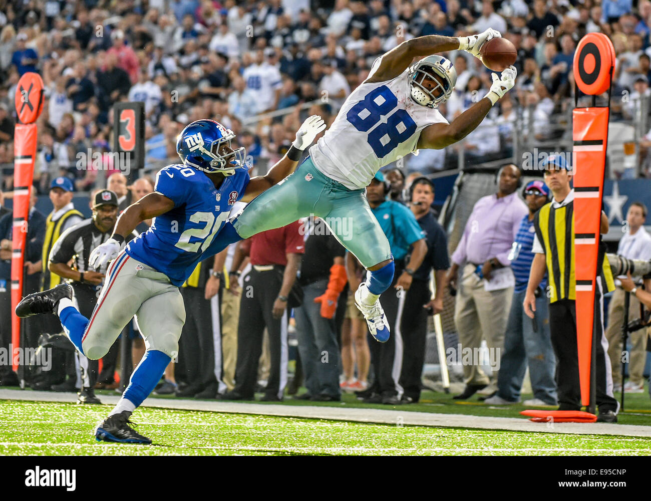 Dallas Cowboys Wide Receiver Dez Bryant 88 Makes A Great