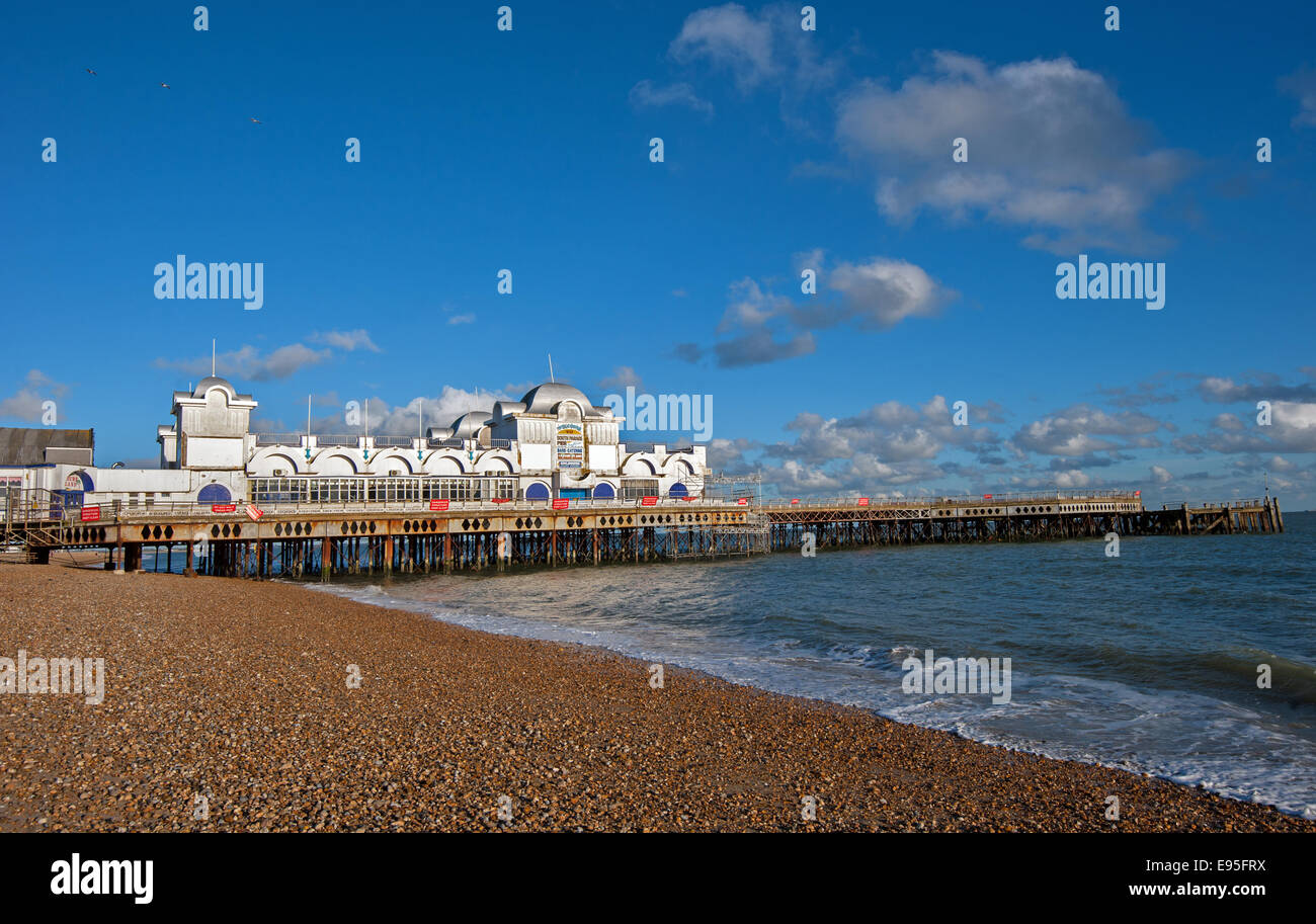 Repair work goes on on South Parade Pier, Southsea seafront - Stock Image