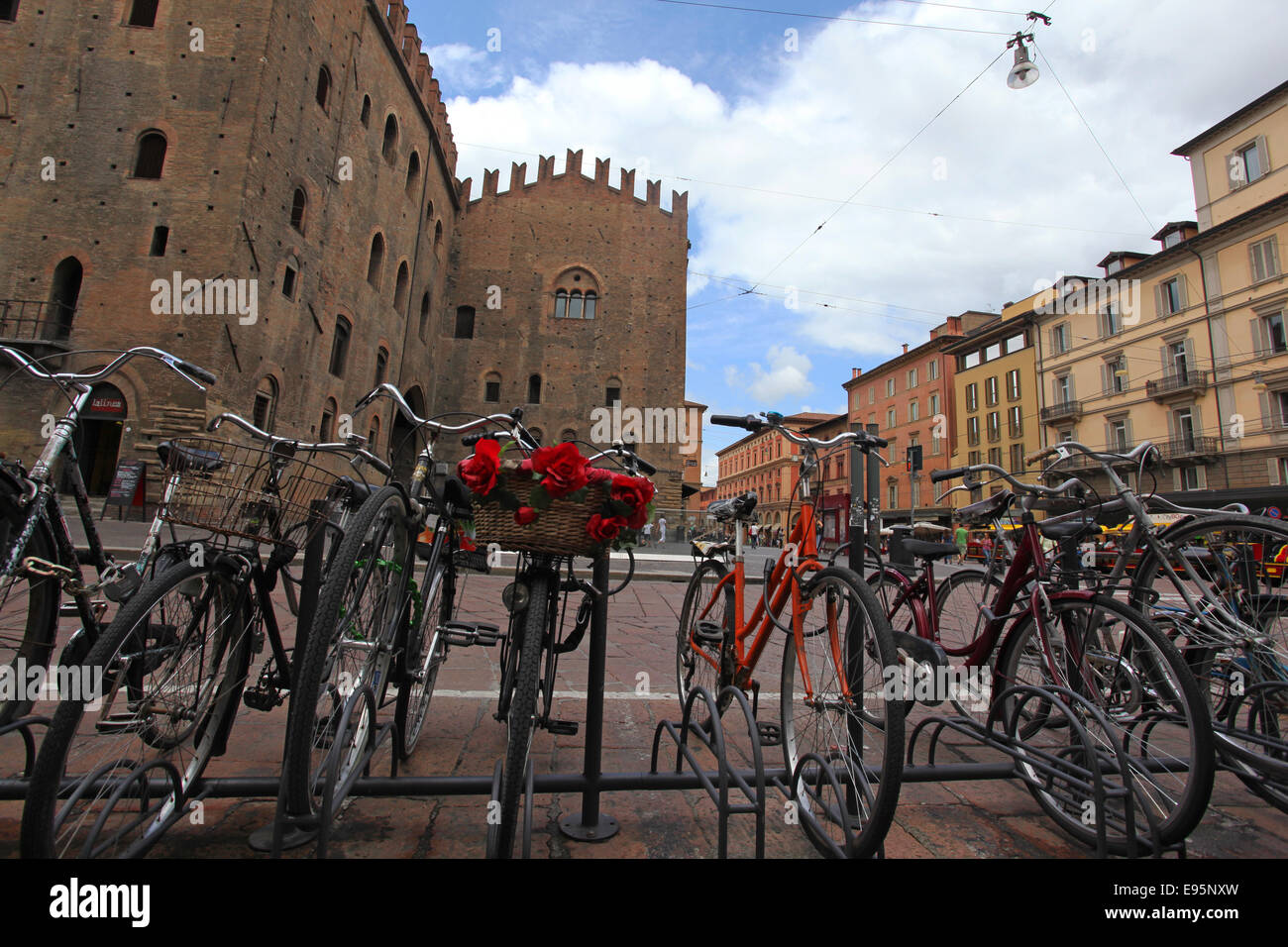 """Row of bicycles parked in """"Piazza Re Enzo"""". Bologna, Emilia Romagna, Italy. Stock Photo"""