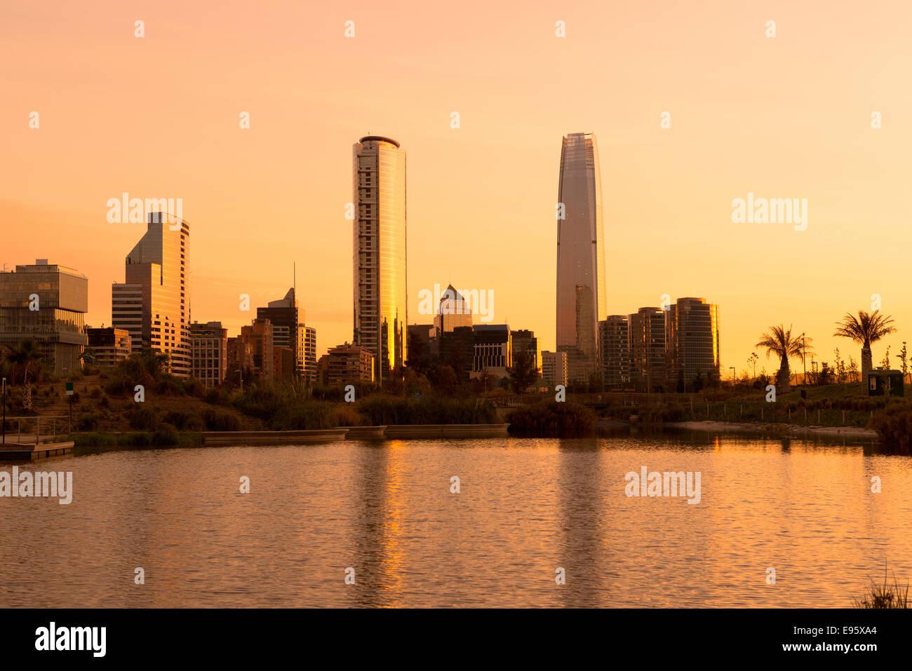 Skyline of buildings at Las Condes district, Santiago de Chile - Stock Image