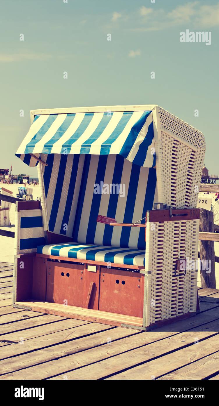 Retro Beach Chair Stock Photo Alamy