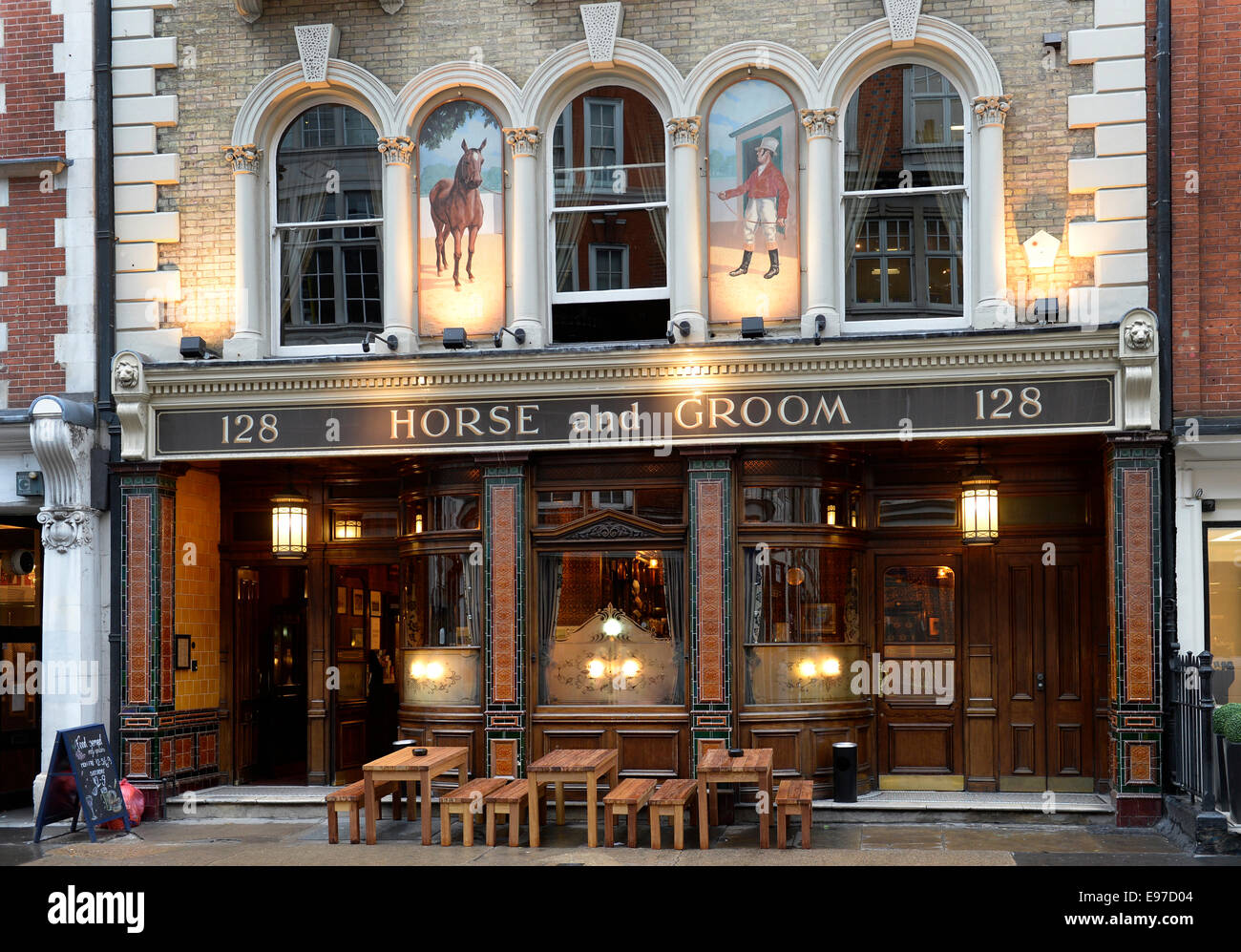The Horse and Groom Public House, Great Portland Street, London  W1W 6PX - Stock Image