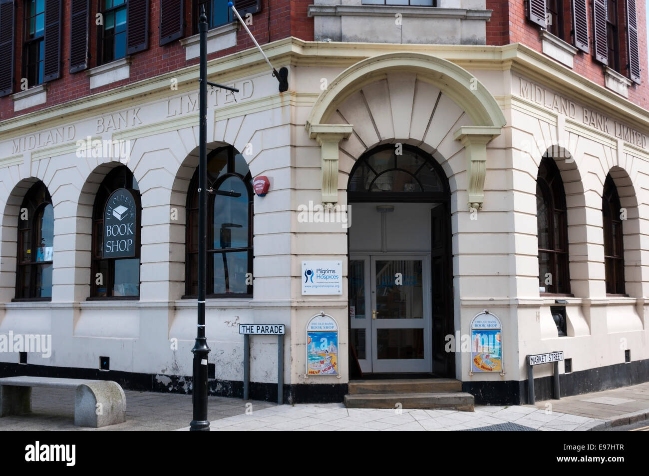 The Old Bank bookshop in Margate is in the corner premises of the now closed Midland Bank. - Stock Image