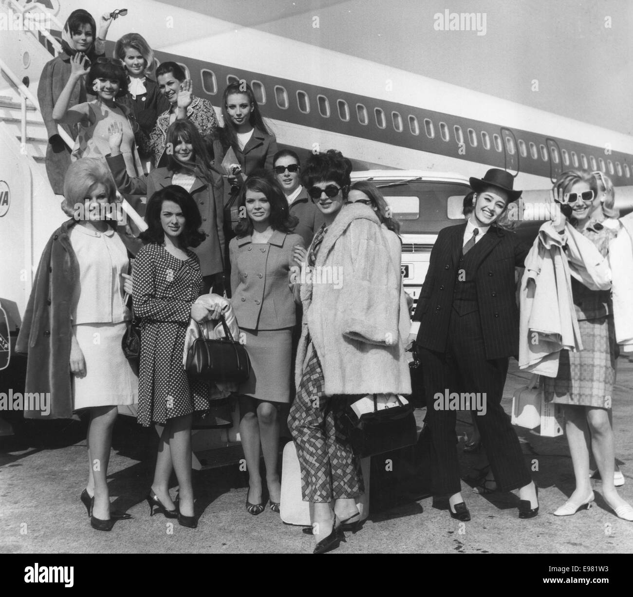 London, UK, UK. 17th Apr, 1967. Twenty-one contestants for the Miss International 1967 contest prepare to leave Stock Photo