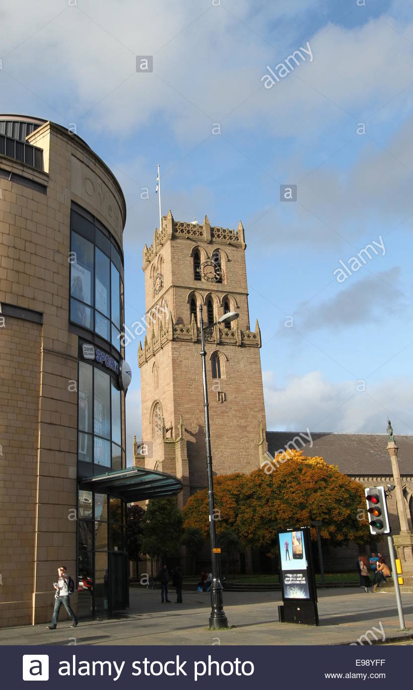 Auld Steeple and Overgate Shopping Centre Dundee Scotland  October 2014 - Stock Image