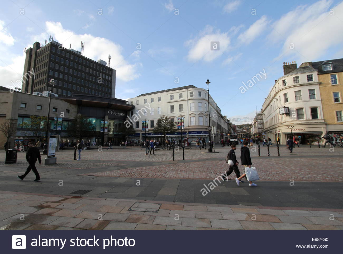 Wide angle view of City Square and Overgate Shopping Centre Dundee Scotland  October 2014 - Stock Image