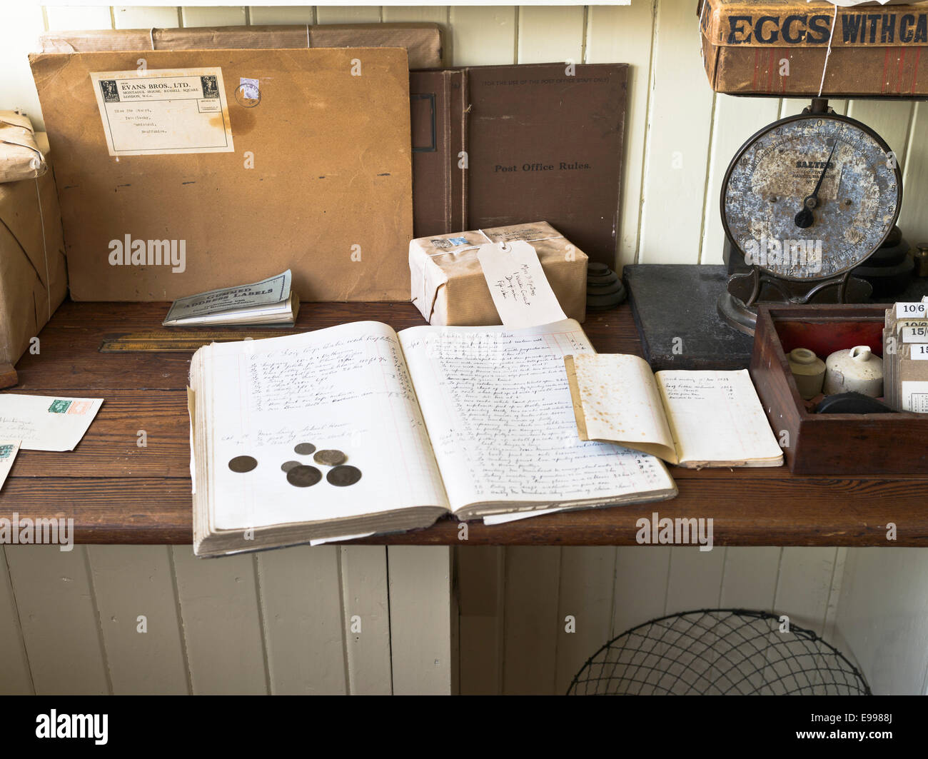 dh Highland Folk Museum NEWTONMORE INVERNESSSHIRE Post Office ledger counter indoor - Stock Image