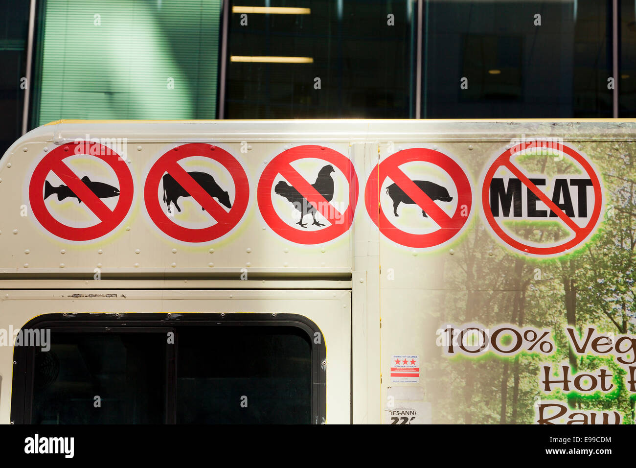 No meat signs on vegan food truck - Washington, DC USA Stock Photo