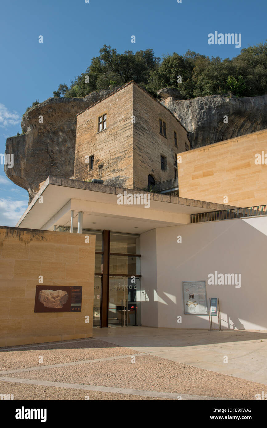 Musee National De Prehistoire At Les Eyzies De Tayac In The Dordogne Stock Photo Alamy