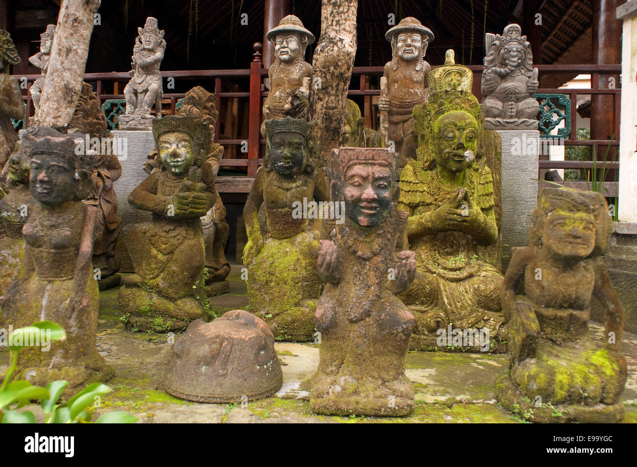Balinese stone carving t sculpture