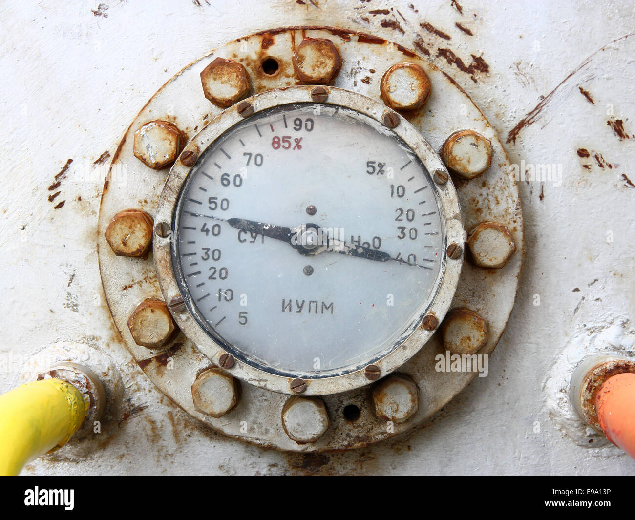 Old rusty gas gauge manometer - Stock Image