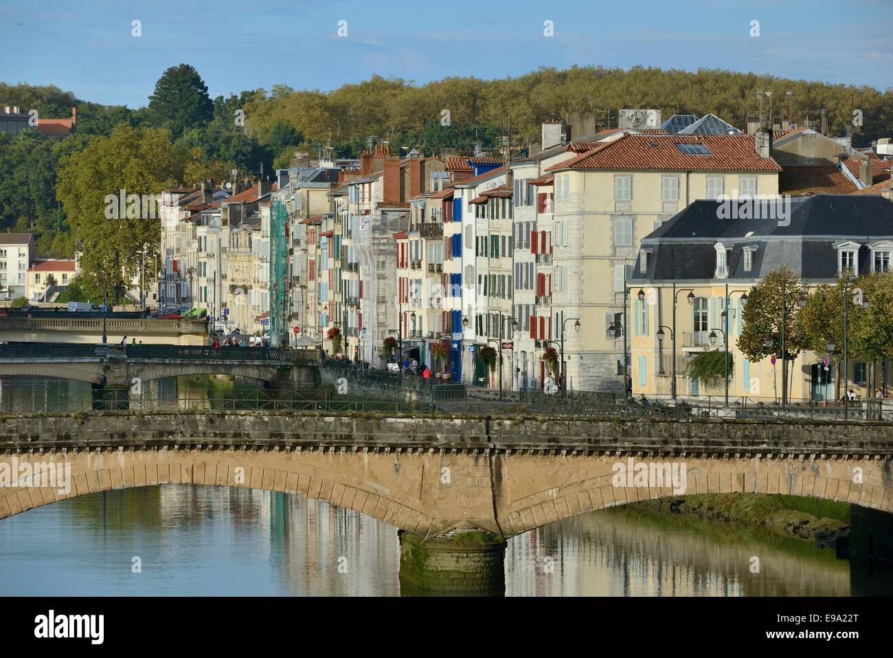 France, Atlantic Pyrenees, Pays Basque, Bayonne, the old town along the river Nive - Stock Image