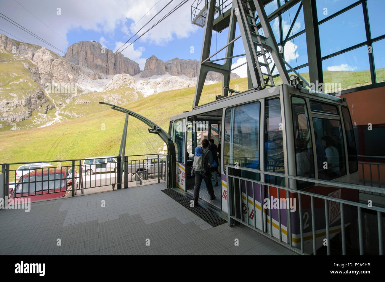 The funicular from Pordoi Pass to the top of Sass Pordoi (2952m) Dolomites, italy - Stock Image