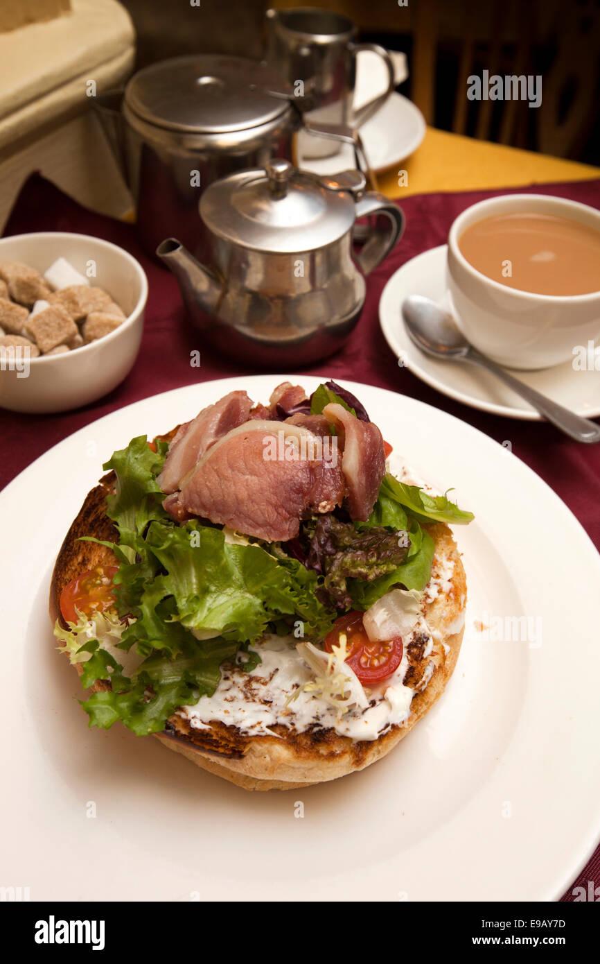 UK, England, Wiltshire, Bath, North Parade, Sally Lunn's tea shop, Bacon Sally Lunn Bun - Stock Image