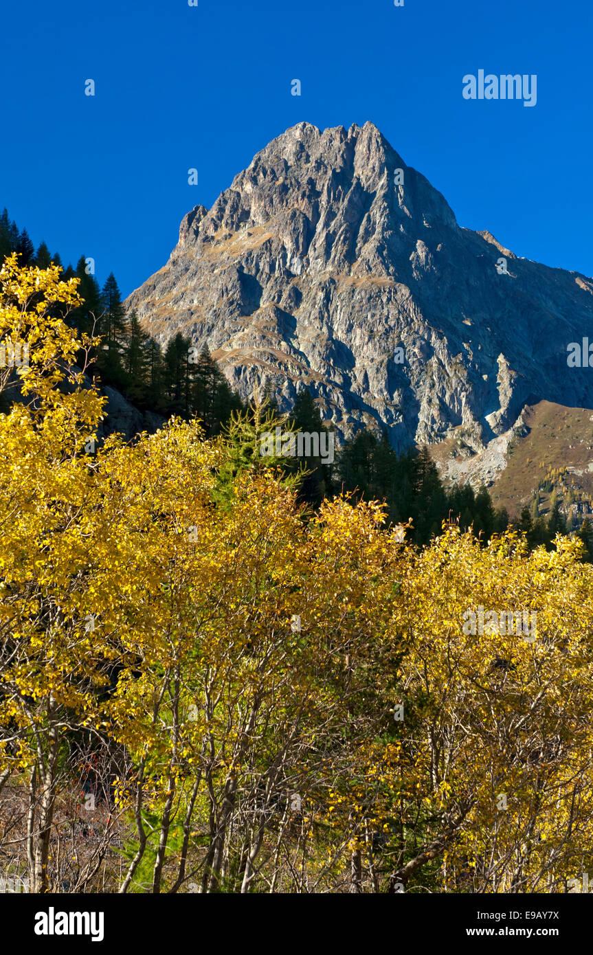 Mt Aiguille de Loriaz in autumn, Aiguilles Rouges, Haute-Savoie, France - Stock Image