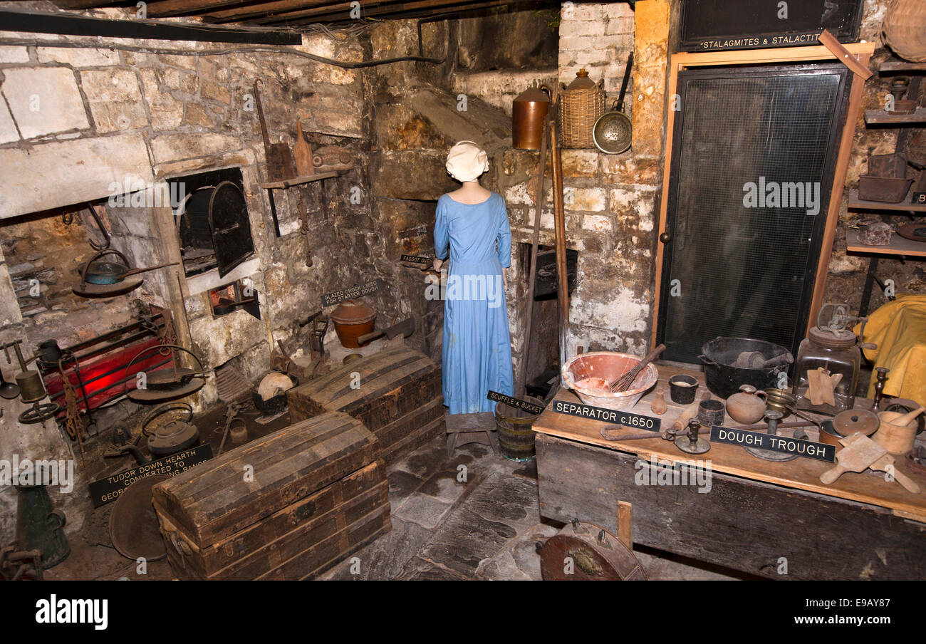 UK, England, Wiltshire, Bath, North Parade, Sally Lunn\'s tea shop ...