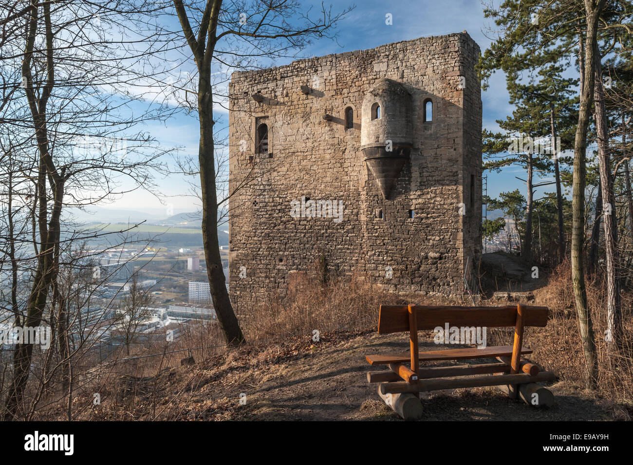 Ruins of the Lobdeburg, wooden bench on the trail, behind Jena-Lobeda and Saale Valley, Jena-Lobeda, Jena, Thuringia, - Stock Image