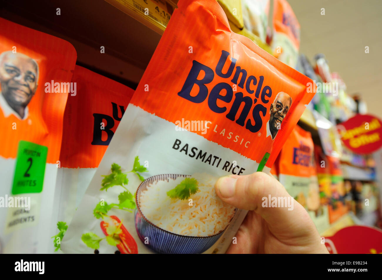 uncle bens product been taken from the shelf (Newscast)(Model Released) - Stock Image