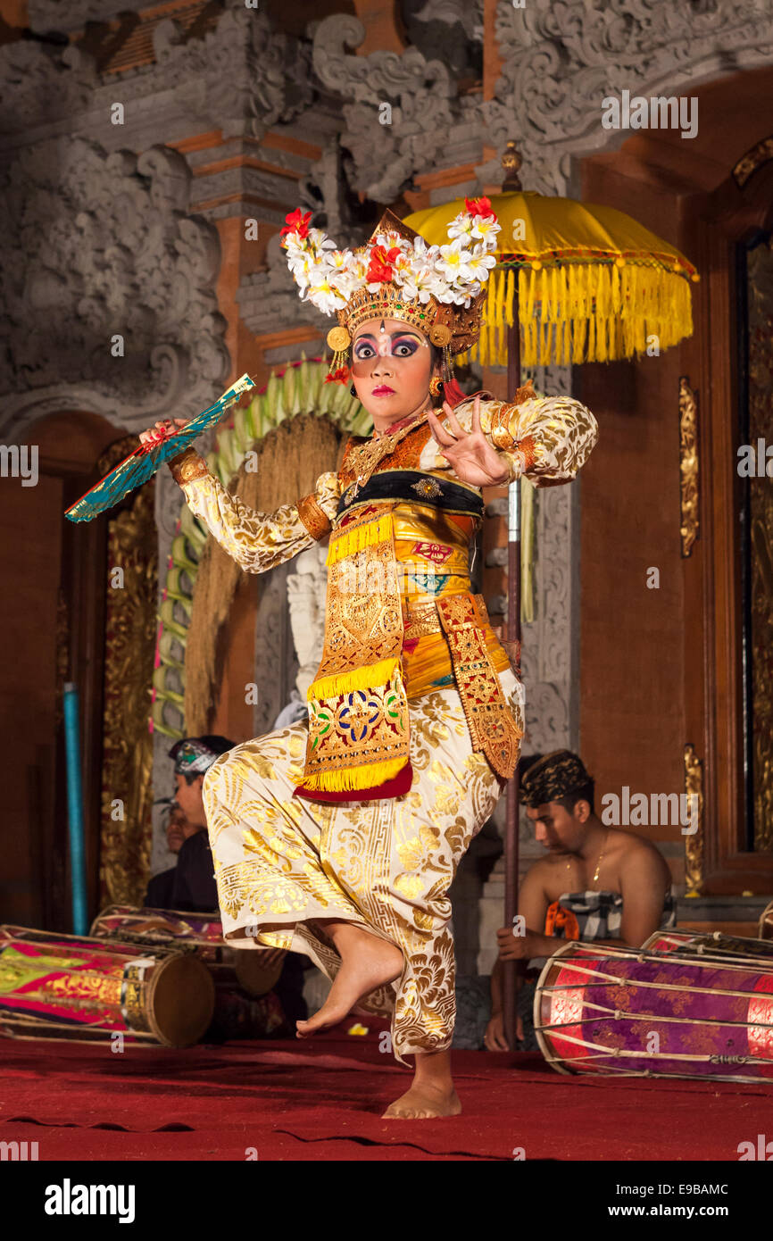 [Legong Trance Dance] performed by beautiful young Balinese woman, [Ubud Palace], Bali, Indonesia - Stock Image