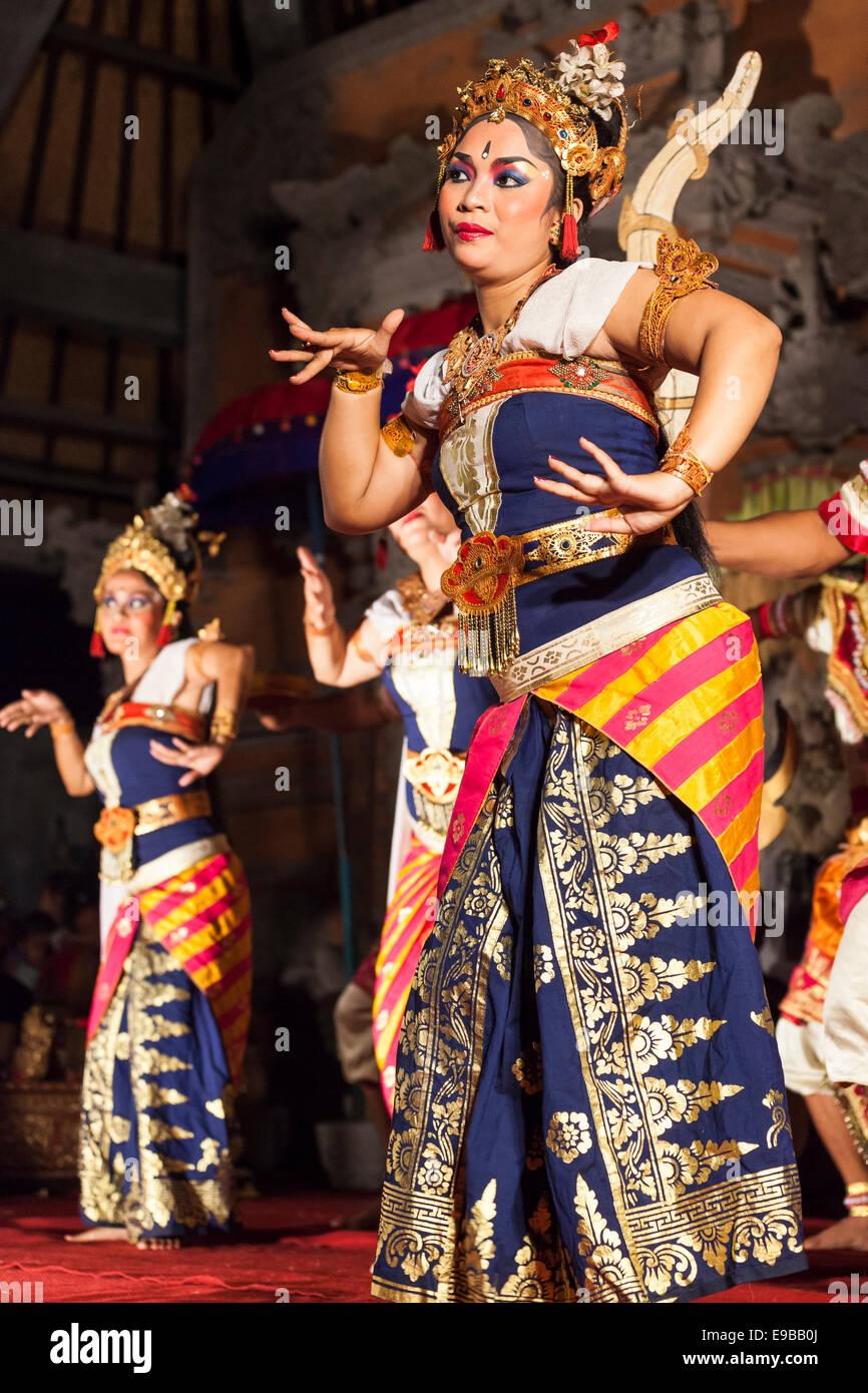 Balinese dancers, [Ubud Palace], Bali, Indonesia - Stock Image