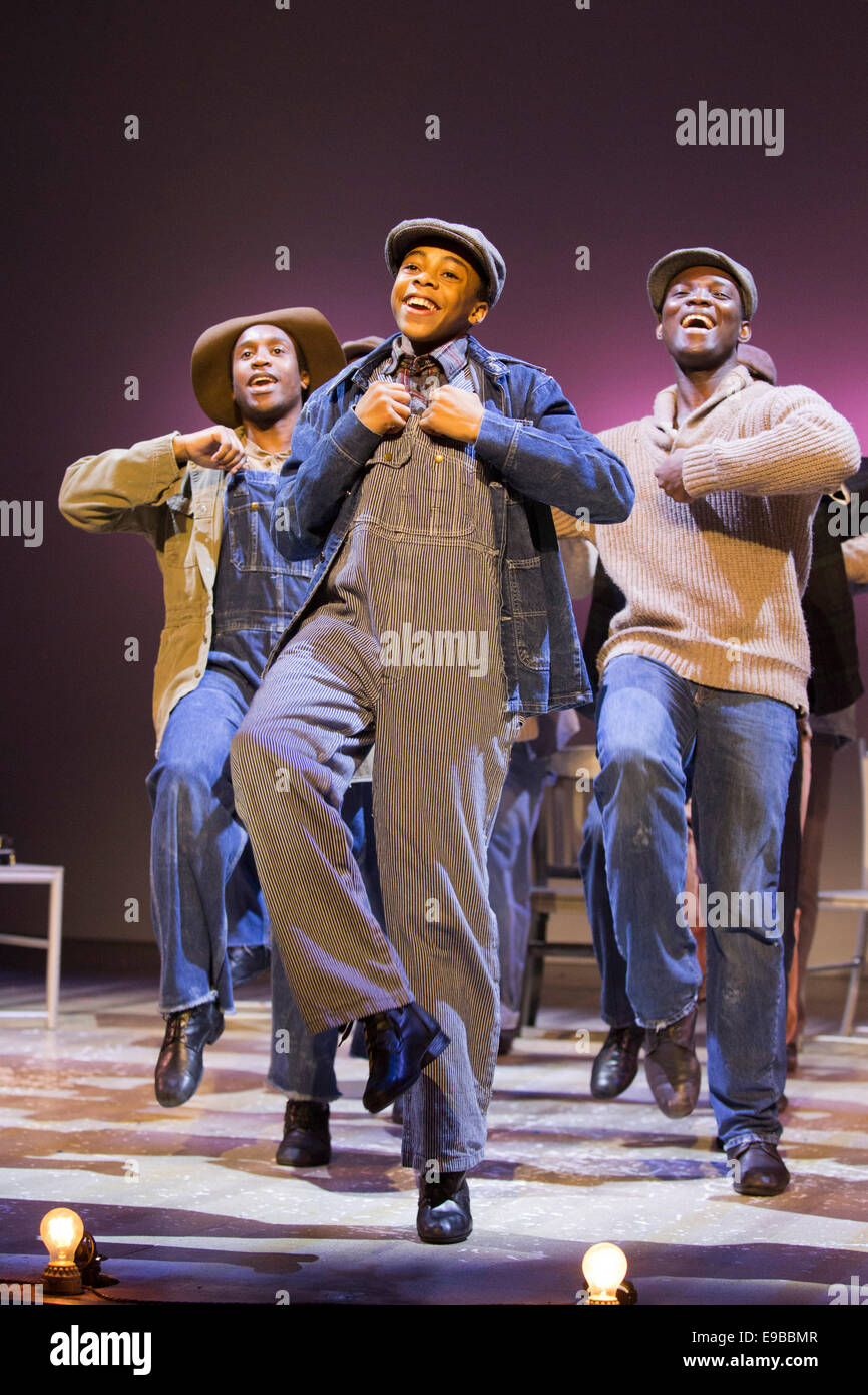 The Musical 'The Scottsboro Boys' at the Garrick Theatre, London. At the front Keenan Munn-Francis as Eugene - Stock Image