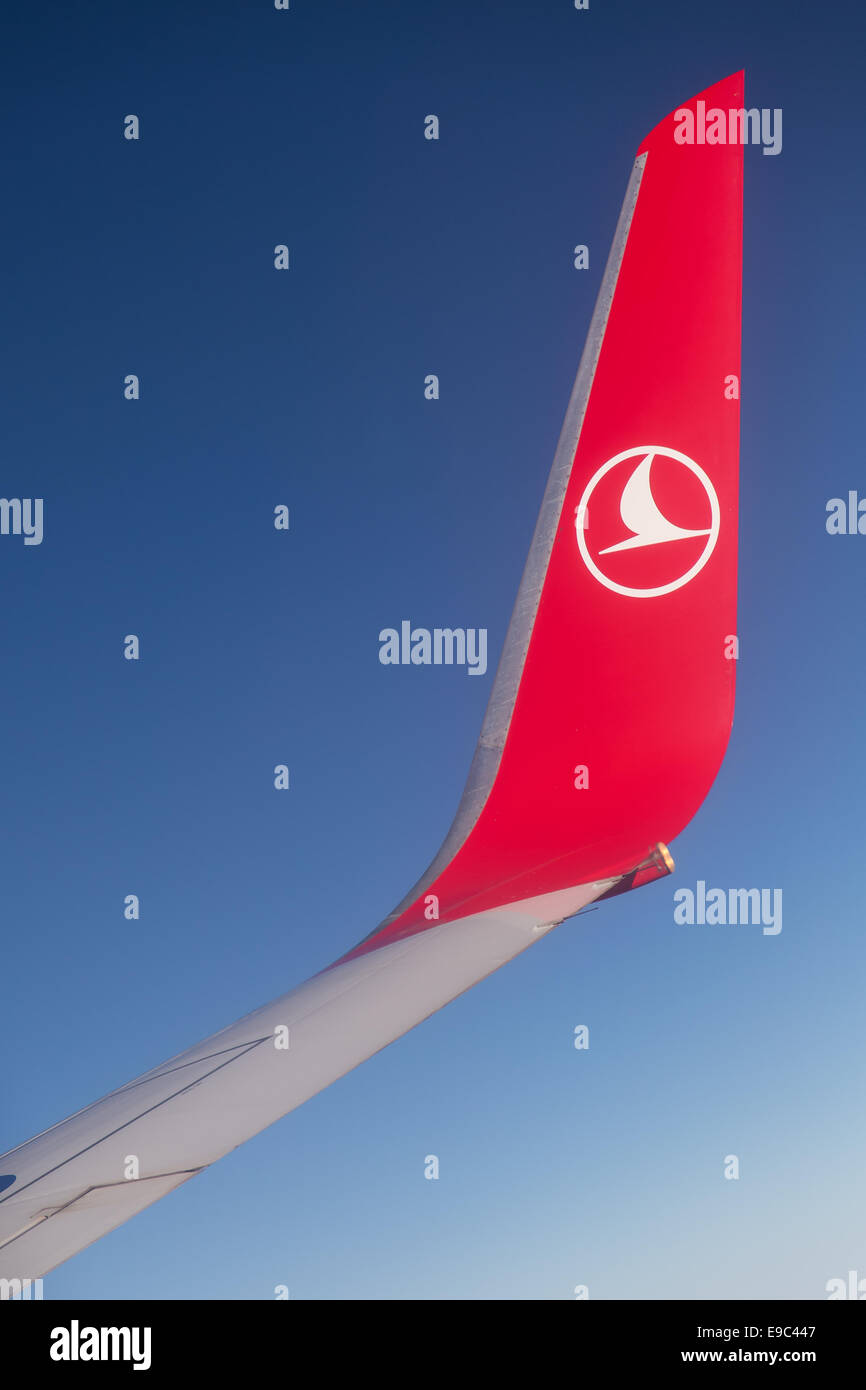 ISTANBUL, TURKEY - JULY 15, 2014: Boeing 737-800 wing and wingtip device during Turkish Airlines Boeing 737-800 - Stock Image
